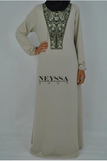 Robe Naya