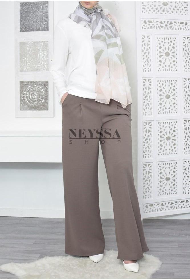 modest trouser