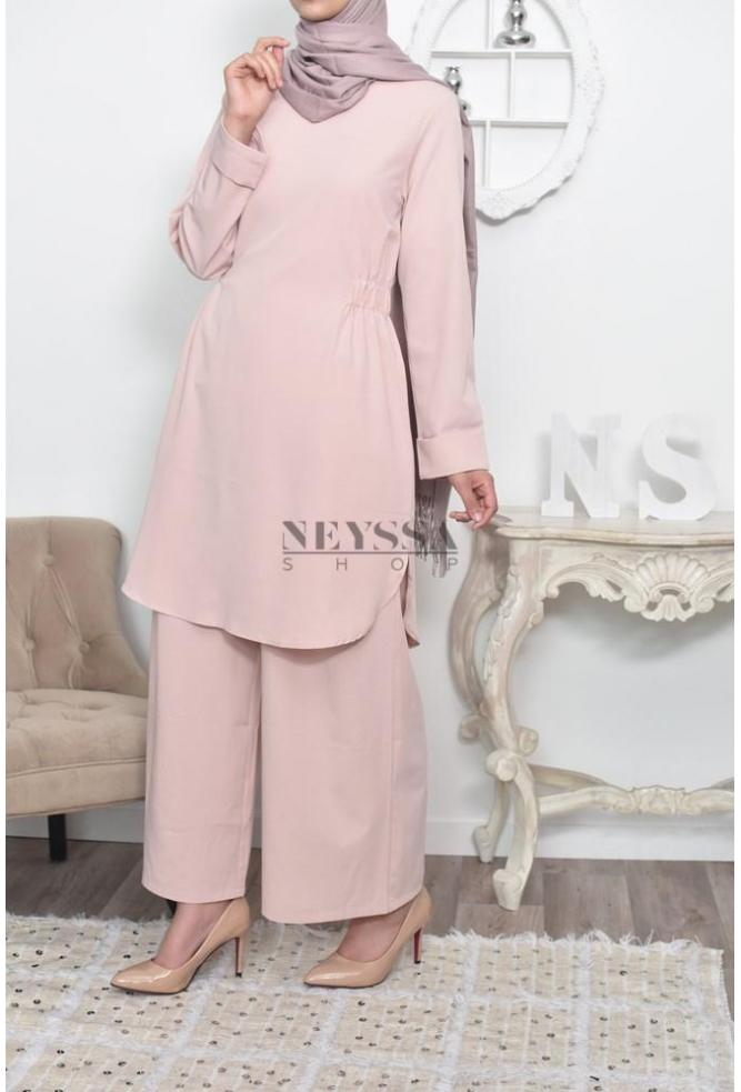 Ensemble modest fashion moderne
