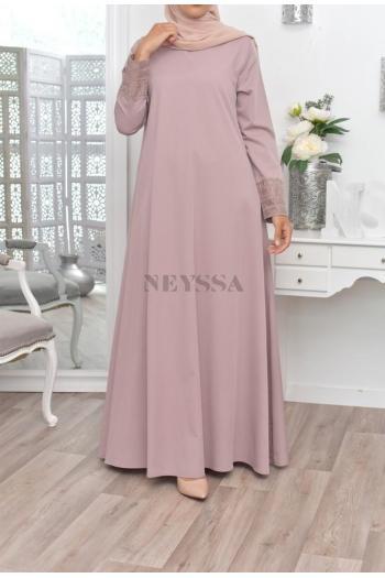 Abaya évasée moderne