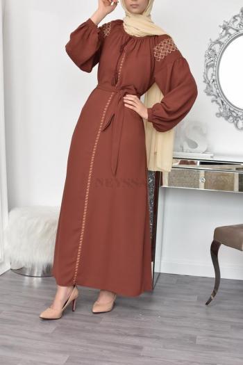 Robe brodée inspiration oriental ramadan Aïd