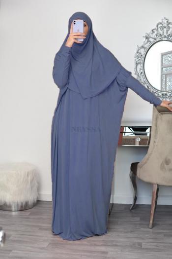 Tenue de prière hijab intégré