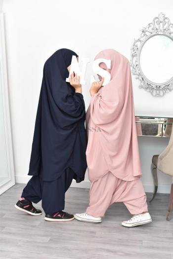 Jilbab petite fille