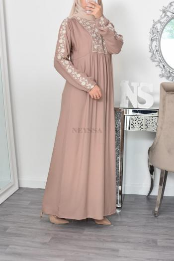 maxi modest dress embrodery