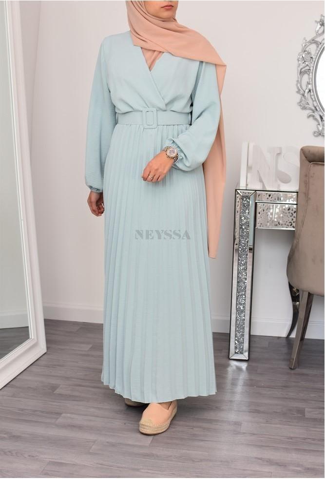 Robe longue femme musulmane cache coeur plissée