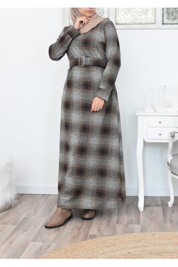 Robe longue à carreaux femme musulmane