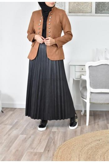 long pleated skirt in imitation leather