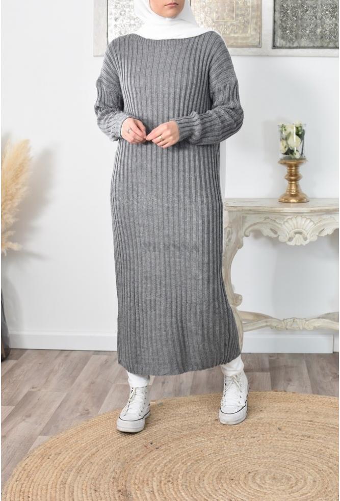 Robe longue en laine pour femme voilée