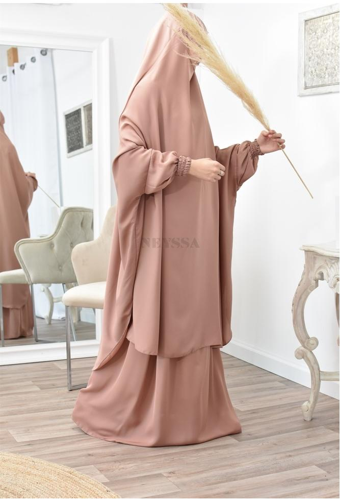 Two-piece flowing jilbab in Nidah