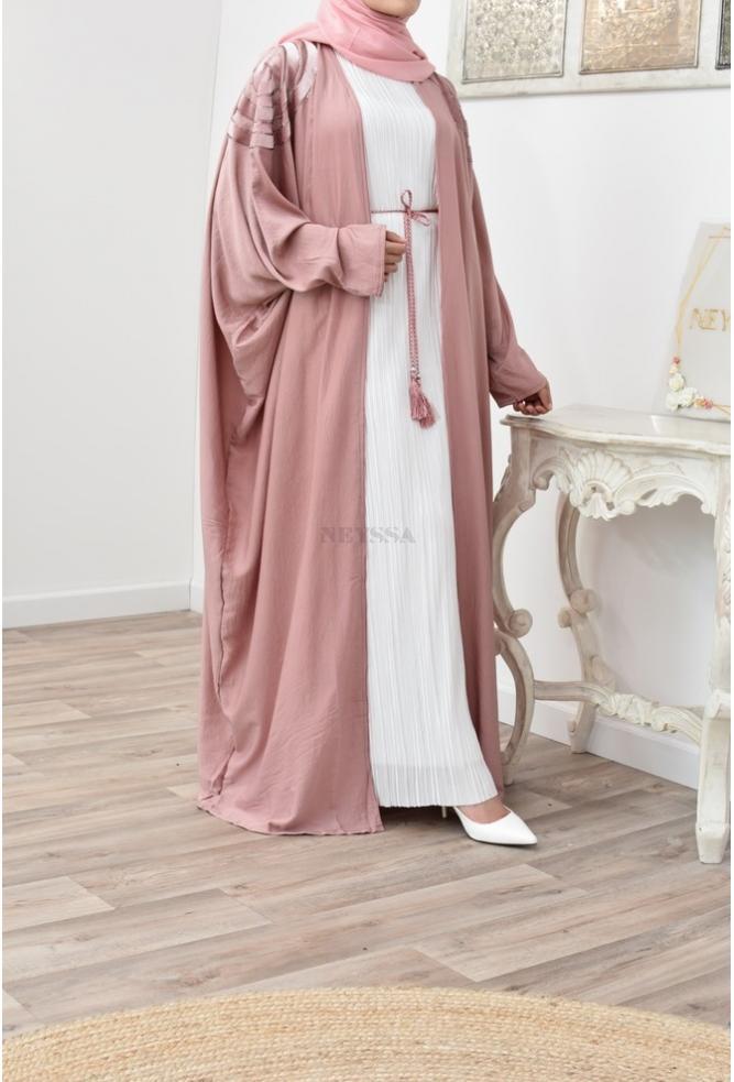 Langer ausgestellter Kimono für verschleierte muslimische Frau