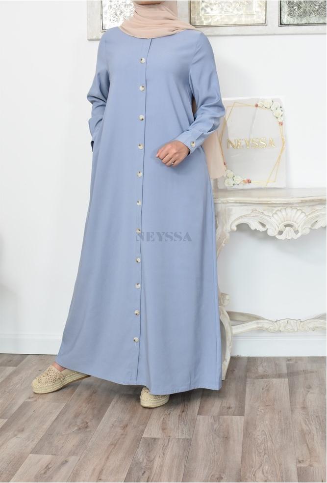 Locker sitzendes Button-Down-Kleid, inspiriert von bescheidener Mode für muslimische Frauen