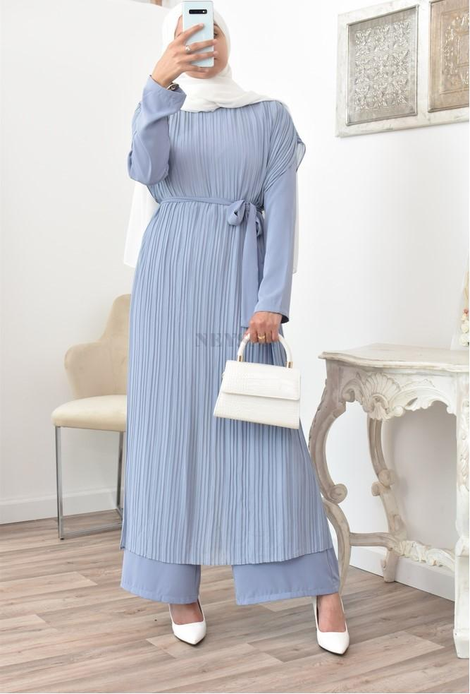 Cape jumpsuit a beautiful and original outfit for veiled women