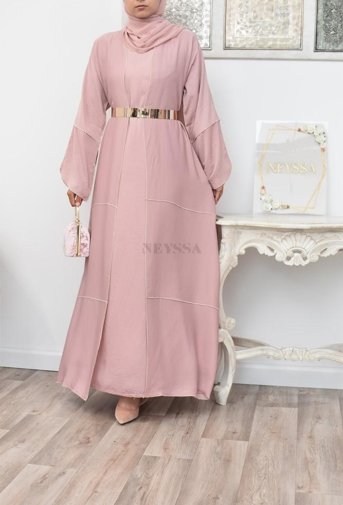 4-piece set perfect for Muslim women for the Eid celebration