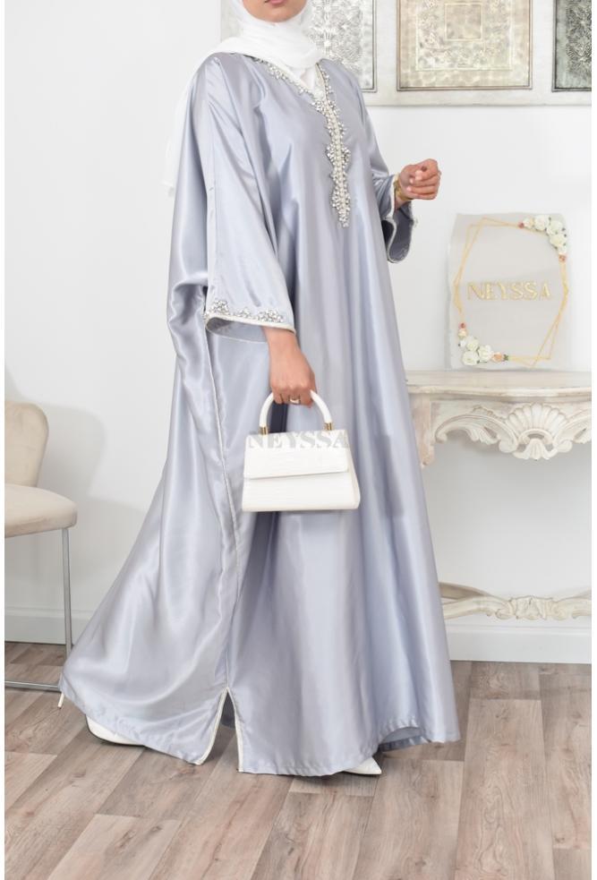 Abaya Gandoura in Satin perfekt für Ihre Partys und angepasst an die muslimische Frau