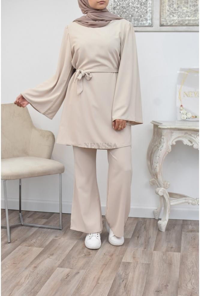 Outfit of the veiled Muslim woman Long and flowing outfit perfect for the summer