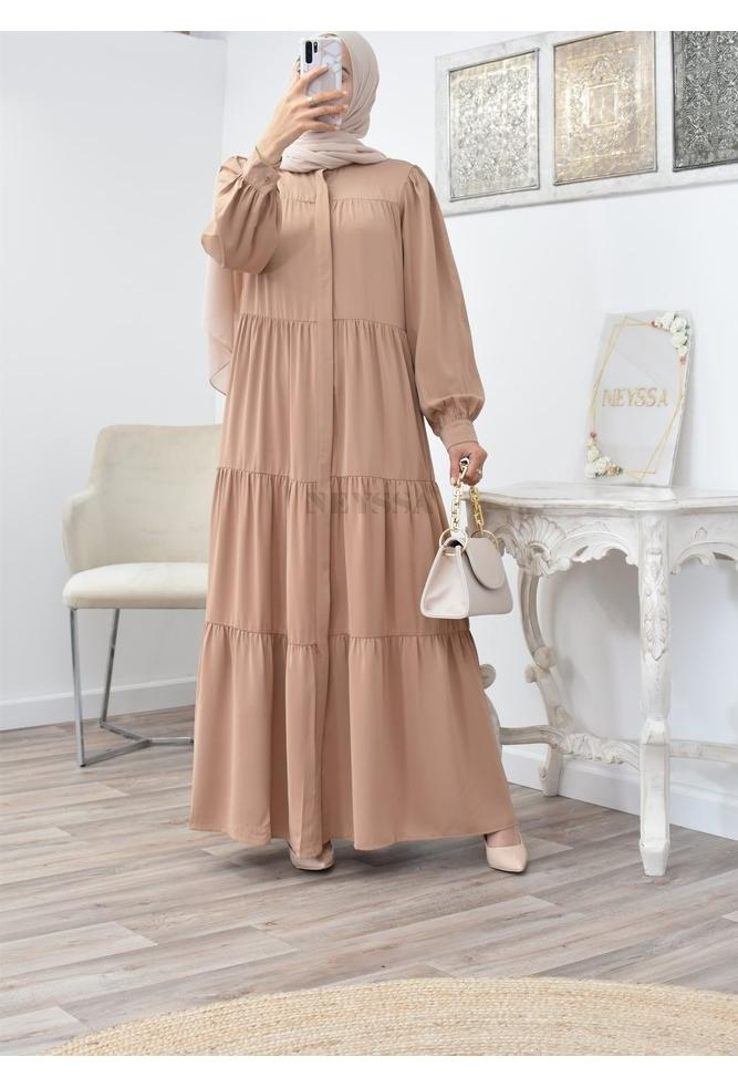 Fluid and long bohemian flared dress perfect for veiled women spring/summer