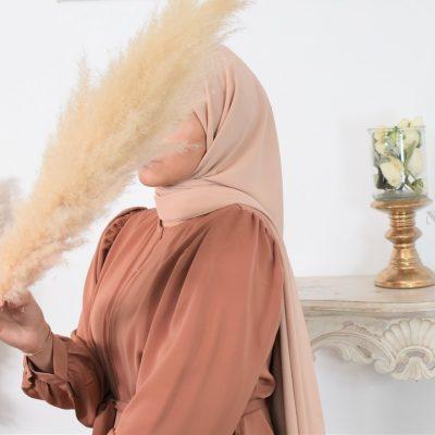 Le hijab soie de Médine, le hijab de haute qualité moderne et tendance